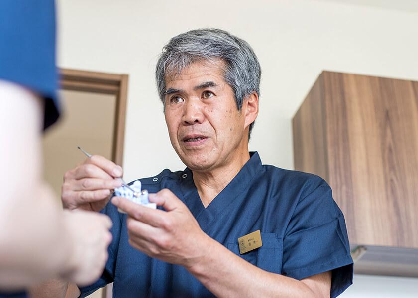 歯科技工士 前秀一